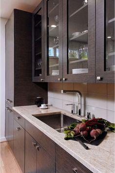 Award-Winning Kitchen & Bath Design and Remodeling Services in DC, Maryland, Virginia, Delaware. Apt Ideas, Decor Ideas, Kitchen Pictures, Kitchen Ideas, Southern Living Homes, Kitchen And Bath Design, Indian Kitchen, Luxury Kitchens, Kitchen Cabinets