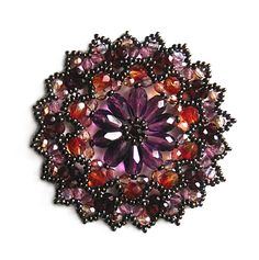 Beautiful bead brooch patterns ~ make handmade - handmade - handicraft Beaded Brooch, Beaded Jewelry, Handmade Jewelry, Jewellery, Jewelry Making Tutorials, Beading Tutorials, Jewelry Patterns, Beading Patterns, Bead Crafts