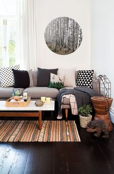 Black and white patterned pillows can complete any space so perfectly!