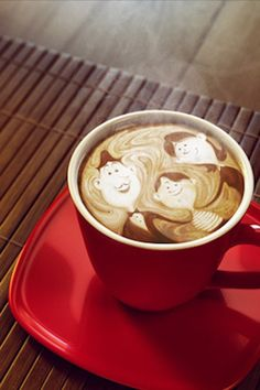 Lovely latte art - happy family :)→follow← my board ♡ͦ* ¢σffєє σвѕєѕѕє∂ ♡ͦ* @ ★☆Danielle ✶ Beasy☆★