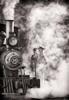 DhartiMata / vintage train station photography