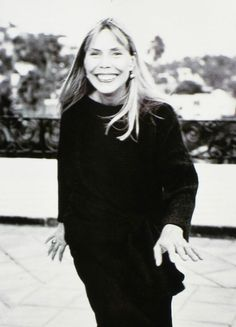 Today is the one year anniversary of I Love Joni Mitchell!  Thank you to everyone who follows this tumblr, for all your fantastic questions and comments, your posts and reblogs and of course all your love and appreciation of Joni Mitchell and her amazing music and art. Not surprisingly Joni really does seem to have the best fans around.