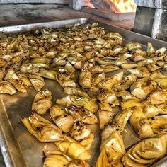 Artichokes getting roasted for the day  #pizza #kreate #kreatepizza #kreateglendale #whatwillyoukreate #northhollywood #highlandpark #glendale #silverlake #pizzalove #pizzaporn #pizzatime #foodie #foodgasm #foodporn #eat #eater #losangeles #california #eaglerock #goodeats #burbank #calzone #calzonepizza #nutella #banana #nutellapizza #hawaiian