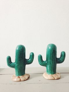 Vintage Cactus, Salt and Pepper Shakers.