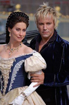 Pia Douwes und Uwe Kröger im Musical Elisabeth © Corinna Kleszewski