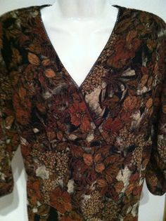 New EAST 5th Bohemian Golden Floral Stretch Top Size XL Petite