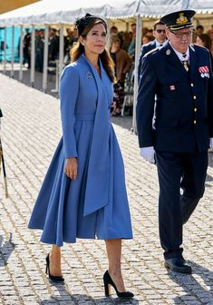 Royal Princess, Princess Marie Of Denmark, Crown Princess Mary, Beauty And Fashion, Fashion Looks, Royal Fashion, Princesa Mary, Danish Prince, Denmark Fashion