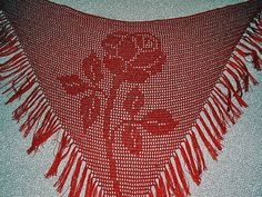 Free Filet Crochet Rose Shawl Pattern