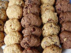 Tak nám zase prší, konečně se ochladilo a my zas můžeme vesele mlsat. Komu by se jinak v tom vedru chtělo, že? :)  Ohlásila se vám neplánova... Bon Appetit, Cauliflower, Cookies, Vegetables, Desserts, Recipes, Blog, Brownies, Crack Crackers