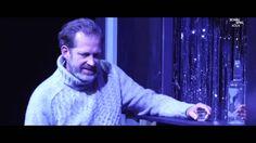 KARNICKEL von Dirk Laucke  Robert Brendel begreift die Welt nicht mehr. Eben noch war er ein progressiver Filmhochschulprofessor mit Aussicht auf eine Leitungsposition am Institut einer langjährigen Ehe einem Sohn und einem Haus am Stadtrand. Doch dann besetzt die neue Dekanin den Posten lieber mit einer international vernetzten Professorin. Und ein paar jugendliche Schläger mit Migrationshintergrund verprügeln seine Frau. Die bemüht sich daraufhin um eine Mediation mit den Übergriffigen…