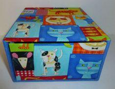 boîte avec un tiroir tissu chat