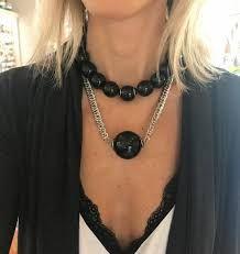 Resultado de imagem para colar de bolas grandes coloridas Deep, Chain, Jewelry, Fashion, Bib Necklaces, Colorful, Luxury, Ideas, Necklaces