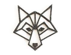 wolf head shaped coaster in dark grey made from felt