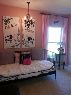 Girls Paris decorations room