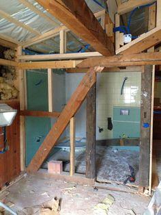 24. Juni 2015 - Der Aufbau im Dach nimmt Gestalt an. Morgen folgt die Spezialdämmung, welche zweifach verbaut wird.