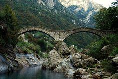 """Itinerari insubri: il """"Sentierone"""" della Val Verzasca"""""""