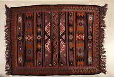 Eλλήνων Παράδοση: Λαϊκή τέχνη Loom Weaving, Hand Weaving, Decorative Boxes, Rugs, Weave, Home Decor, Fabrics, Farmhouse Rugs, Loom