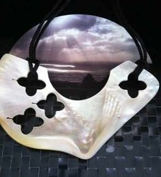 Top 10 Incredible Contemporary Artists From The Pacific Islands Jewelry Art, Jewellery, Public Art, Contemporary Artists, The Incredibles, Islands, Clouds, Mountains, Detail