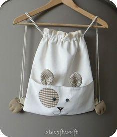 craft douce Ale: un chaton d'épaule