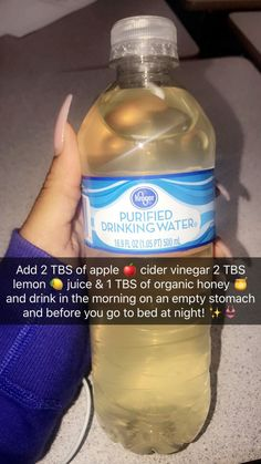 Apple cider vinegar lemon and honey detox/cleanse used for weight loss and shrink your tummy! Apple Cider Vinegar For Weight Loss, Cider Vinegar Weightloss, Drinking Apple Cider Vinegar, Apple Cider Vinegar Cleanse, Acv Weightloss, Apple Coder Vinegar Drink, Apple Cider Vinegar Challenge, Apple Cider Diet, Cinnamon Weightloss