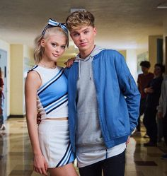 Harvey)) I got to have this beautiful girl and my bestfriends in my music video. ❤ Love you Loren.