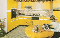 Les Cuisines Morel en 1975 ! Désormais, l'entreprise produit uniquement des cuisines intégrées...