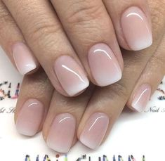 The advantage of the gel is that it allows you to enjoy your French manicure for a long time. There are four different ways to make a French manicure on gel nails. Wedding Nail Colors, Fall Nail Colors, Neutral Nail Polish, Nail Polish Colors, Color Nails, Gel Polish, Bridal Nails, Wedding Nails, Polish Wedding