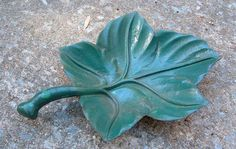 Vintage Cast Iron Leaf with many uses Dish Bird by beneaththerust, $24.00
