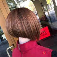 Bob Hairstyle is the most suitable hairstyle for girls. He is enthusiastic and energetic when trying out different hairstyles for small and small girls, and a short haircut meets the requirements. Cute Bob Hairstyles, Bob Haircuts For Women, Different Hairstyles, Girl Hairstyles, Blunt Bob, Inverted Bob, Short Hair Cuts, Hair Styles, Fashion