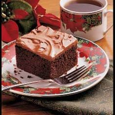 Homemade Chocolate Cake Recipe -A rich chocolate frosting is the flavorful… Chocolate Cake From Scratch, Cake Recipes From Scratch, Chocolate Cake Mixes, Homemade Chocolate, Chocolate Frosting, Chocolate Cream, Vegan Chocolate, Chocolate Chips, Bad Cakes