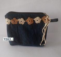 Nº 18 - Necessaire flores de crochet (VENDIDA) - 7282 Ecoluxo