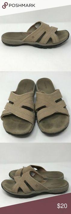 7a389c73b134df Columbia Techlite Flip Flop Leather Slide Sandals Columbia Techlite Womens  Size 8 US Beige Leather Flip