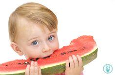 Bebeklerde Ek Gıdaya Geçiş Ne Zaman Yapılmalı?   http://evebez.com/bebeklerde-ek-gidaya-gecis-ne-zaman-yapilmali/