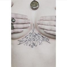 Delicated esternum tattoo                                                                                                                                                     Mais