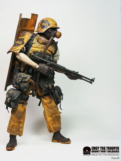 RED6: ThreeA Ashley Wood WWR EMGY TRG Trooper Grunt