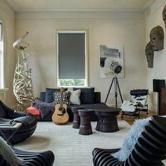 Casa em Twin Peaks, São Francisco, EUA. Projeto por Kristina Wolf Design. #arquitetura #arte #art #artlover #design #architecturelover #instagood #instacool #instadesign #instadaily #projetocompartilhar #shareproject #davidguerra #arquiteturadavidguerra #arquiteturaedesign #instabestu #decor #architect #criative #interiores #estilos #combinações #twinpeaks #saofrancisco #eua #kristinawolfdesign