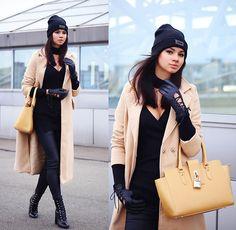 Get this look: http://lb.nu/look/8674579  More looks by Anna Mour ♥: http://lb.nu/anna_mour  Items in this look:  Zaful Beige Longline Coat   #classic #elegant #minimal #coatedcoat #beigecoat #camelcoat #zaful #annamour #dresskot
