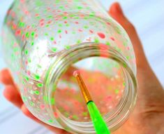 create a star jar or a galaxy jar or even fairy lights with this easy tutorial Glow Stick Jars, Glow Jars, Glow Sticks, Diy And Crafts Sewing, Crafts To Sell, Diy Crafts, Glow Crafts, Sell Diy, Galaxy Jar