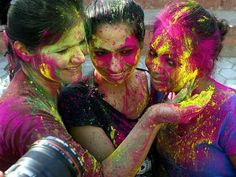 What is the Holi Festival?and why is it celebrated by throwing coloured