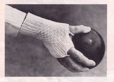 THANK YOU FOR STOPPING BY AND WELCOME TO MY CRAFT STORE.. PLEASE COME IN AND ENJOY YOURSELF ... RELAX, UNWIND AND SAVE YOURSELF TIME TRAWLING ALL OVER EtsY LOOKING FOR PATTERNS, WHEN I HAVE HAND PICKED SOME OF THE NICEST AND MOST RARE/UNUSUAL ONES FOR YOU IN ONE PLACE!!!!! SO TO START WITH WE HAVE THIS LOVELY KNITTING PATTERN - VINTAGE 1970S WOMENS BOWLING BOWLS MITTENS GLOVES FINGER LESS INTERMEDIATE TO ADVANCED KNITTING IT IS APPROXIMATELY TO FIT AVERAGE SIZE HAND, REQUIRES 4 PL...