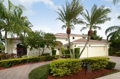 FOR RENT IN WESTON HILLS CC 2530 Montclaire Cir, Weston, Fl MLS# A1993198 7BR, 5BA inc. guest house, Pool, Lake