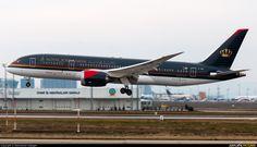 Royal Jordanian JY-BAF at Istanbul - Ataturk ..