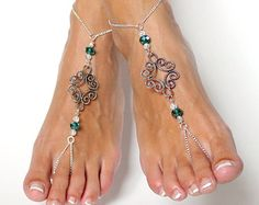 Abstract Barefoot Sandals in Green and White Silver Chained Beaded Foot Thong Anklet Foot Jewelry