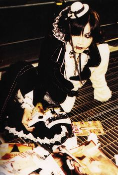 23 years old, struggling with Japanese, posting oldschool vk stuff mostly Kei Visual, Dir En Grey, Punk Goth, Japanese Street Fashion, Pastel Goth, Gothic Lolita, Alternative Fashion, Aesthetic Pictures, Fashion Art