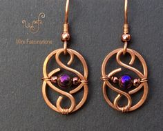 Handmade copper earrings: Celtic links with wire wrapped purple hematite - Drahtschmuck - Jewelry Wire Jewelry Designs, Metal Jewelry, Diy Jewelry, Beaded Jewelry, Silver Jewelry, Jewelry Making, Gold Jewellery, Fashion Jewelry, Jewelry Stores