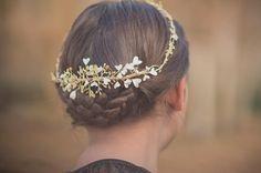 Vivamos intensamente esta última semana del año. #sisterstocados #coronasdeflores #flowercrowns #tocados #nuevacoleccion #novias #invitadasboda #bodas #wedding #brides #bridal #invitadaperfecta #invitadas #muysisters