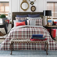 A lovely plaid to dress up your bed in softly woven cotton. On the reverse, stripes of coordinating hues offer the perfect compliment.