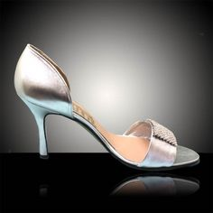 Belinda - Closed-heel sandal in silver soft leather, with a wide front strap featuring a square buckle decorated with strass