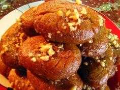 Μελομακάρονα - μικρή κουζίνα Food Network Recipes, Cooking Recipes, Brunch Recipes, Easy, Muffin, Turkey, Bread, Breakfast, Ethnic Recipes