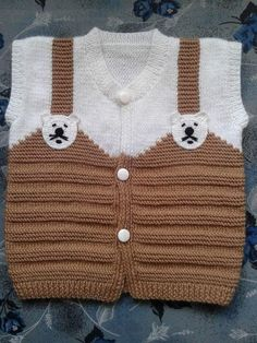 Bebek yün işleri – Knitting patterns, knitting designs, knitting for beginners. Kids Knitting Patterns, Baby Sweater Knitting Pattern, Knitted Baby Cardigan, Knitting For Kids, Easy Knitting, Baby Patterns, Cardigan Bebe, Diy Crafts Knitting, Pull Bebe